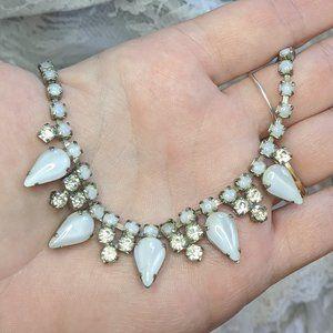 VTG white moonglow & rhinestone choker necklace